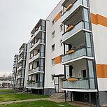 Balkonerweiterung aus Aluminium rechteckig mit Verbundsicherheitsglas