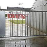 Drehtor mit manuelle Drehtoranlage einflügelig im Stadion des FSV Zwickau