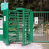 Drehkreuzanlage mit kombinierter Tür und Kassenautomat
